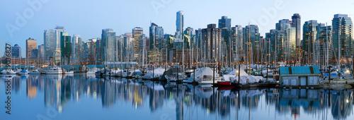 Spoed Foto op Canvas Canada Vancouver BC Skyline along False Creek