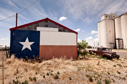 Foto op Aluminium Route 66 Abandoned restaraunt on route 66 road in USA