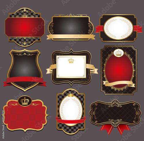 Foto  set of black gold-framed labels vector