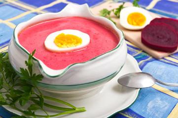 Fototapeta Do gastronomi Fresh beetroot soup with egg