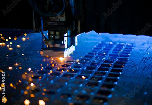 Stampa su Tela Laser cutting close up