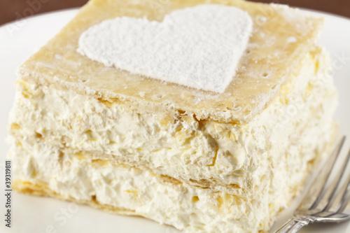 Staande foto Zuivelproducten heart of a cream pie