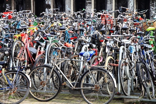 Photo  bicycles in amsterdam