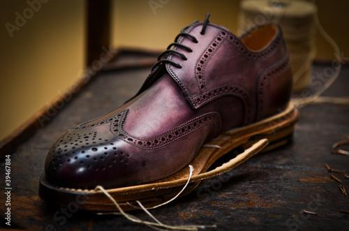 realizzazione scarpa uomo Canvas Print