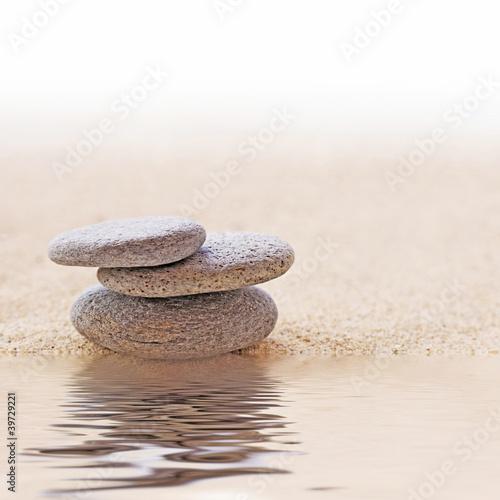 Photo sur Plexiglas Zen pierres a sable Galets zen