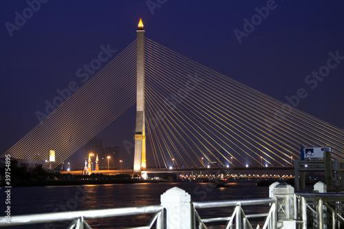 zawieszenie-most-w-bangkok-tajlandia