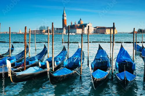 Spoed Foto op Canvas Gondolas San Giorgio Maggiore church in Venice - Italy