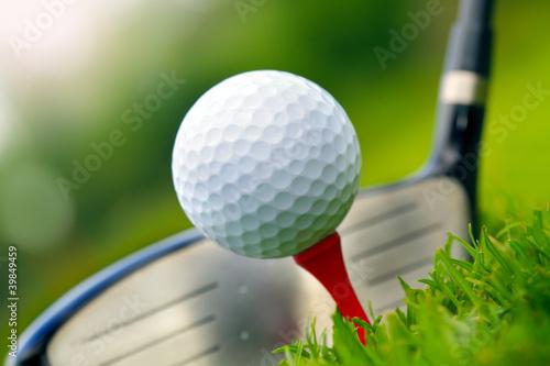 Deurstickers Golf Golf club and ball in grass