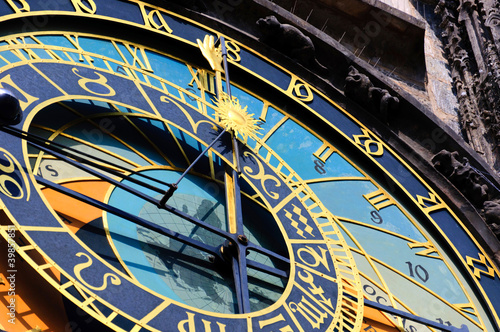 Tuinposter Praag Famous medieval astronomical clock in Prague, Czech Republic