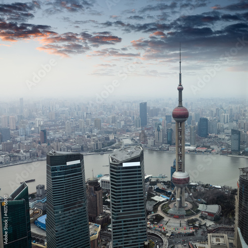 Foto op Aluminium Shanghai shanghai at dusk with sunset glow
