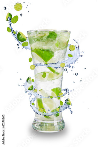Photo Stands Splashing water Fresh mojito drink with splash spiral around glass.
