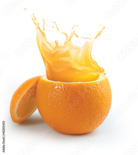 Poster de jardin Jus, Sirop Orange juice splashing isolated on white