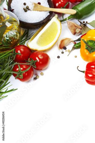 In de dag Verse groenten Olive oil and ingredients