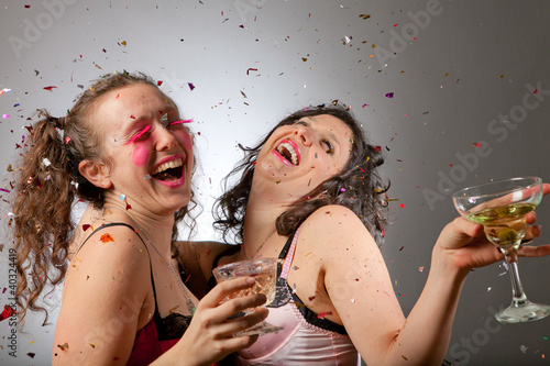 Fotografie, Obraz  Two partying woman