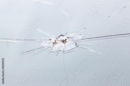 Fotografie, Tablou  steinschlag windschutzscheibe I
