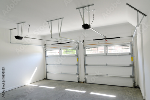 Photo Residential house two car garage interior
