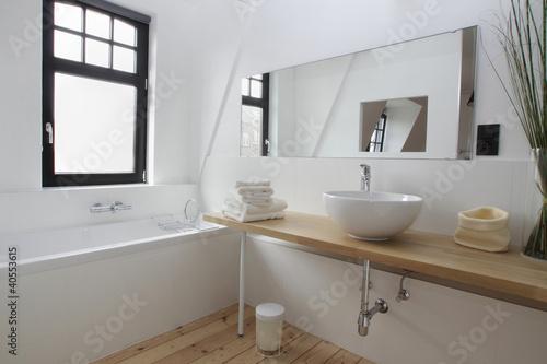Cuadros en Lienzo salle de bain baignoire vasque