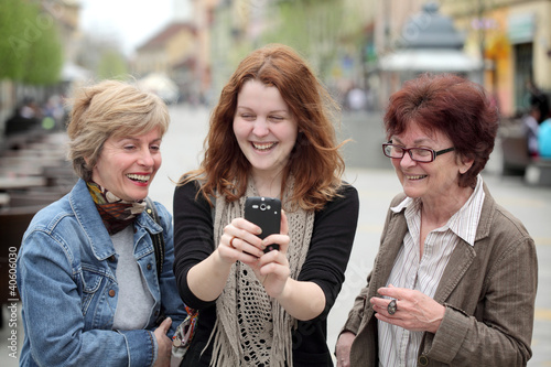 Photo  Family making fun at street