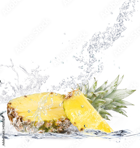 Canvas Prints Splashing water ananas splash