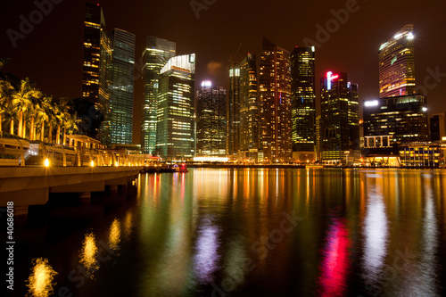 Photo  A view of Singapore in the night time