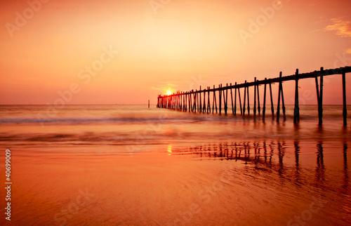 Fotobehang Baksteen Beautiful sunset at tropical beach