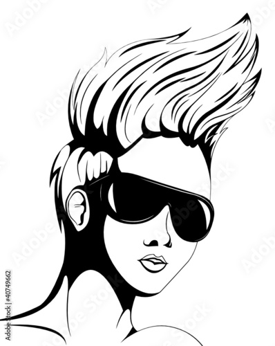 kobieta-z-okularami-przeciwslonecznymi-dalej