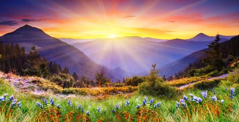 Fototapeta Wschód / zachód słońca mountain landscape