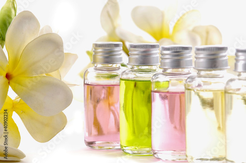 Fotografie, Obraz  still shot of frangipani flowers with essential oil