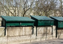 Quai Des Bouquinistes à Paris (France) Boutiques Fermées