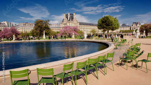 Tuinposter Parijs Tuileries in spring