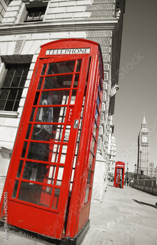 Foto op Canvas Rood, zwart, wit Big Ben and Red Telephone Booth