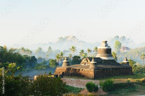Photo  Myanmar (Burma), Mrauk U - Dukkanthein Paya