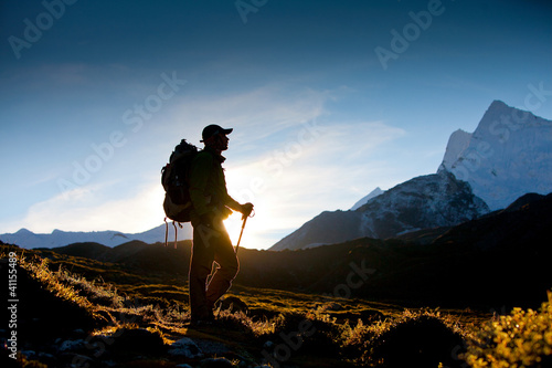Photo Stands Black Hiker in Himalaya mountains
