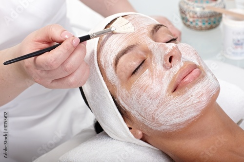 Photo  Beauty treatment at beautician