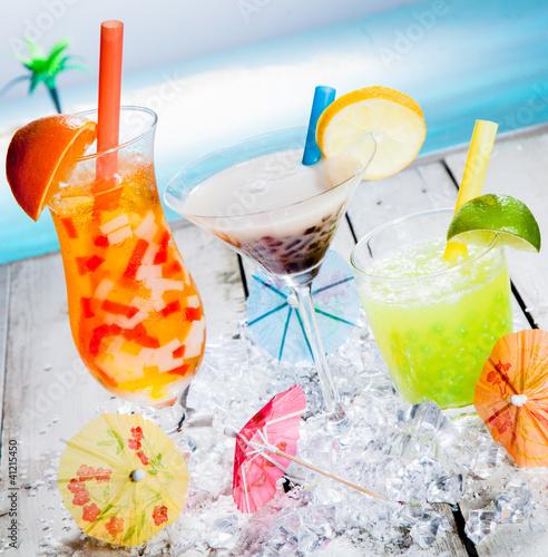 Foto op Plexiglas Milkshake Trio of different tropical bubble teas