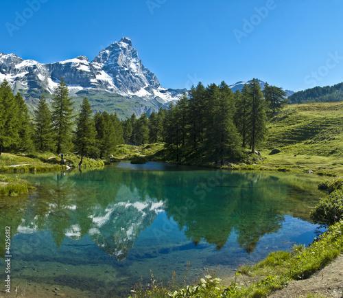 Poster Bergen Blue lake and Mount Cervino