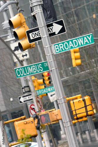 Foto op Plexiglas New York TAXI Broadway e Columbus Cross