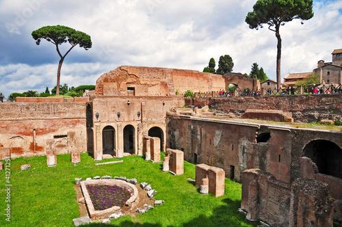 In de dag Roma, rovine del Monte Palatino - palazzi imperiali