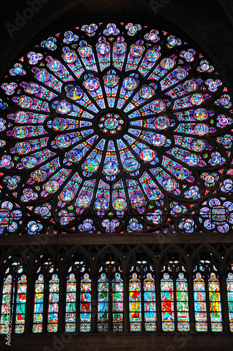 Spoed Foto op Canvas Stained vitraux de notre dame de Paris