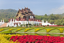 Ho Kham Luang , Chiangmai, Tha...
