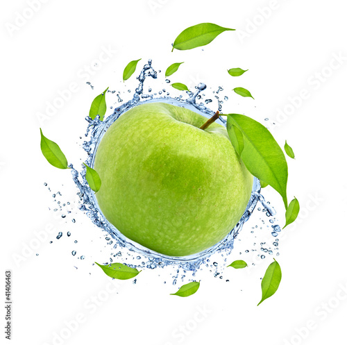 Keuken foto achterwand Opspattend water Green apple in water splash, isolated on white background