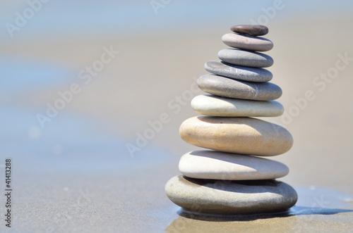 Photo sur Plexiglas Zen pierres a sable Pierres en équilibre