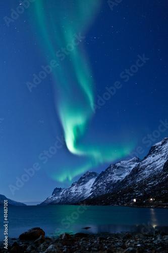 Photo  Aurora Borealis in Norway, reflected