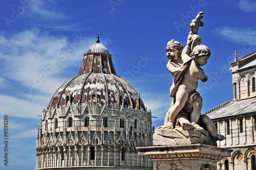 Photo Pisa, piazza dei miracoli e battistero
