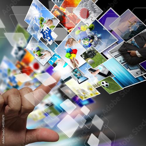 Fotografía  streaming images as internet concept