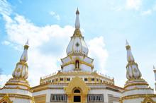 Thai Tample Wat Phra Mahathat Chedi Chaimongkol, Pha Nam Yoi, No