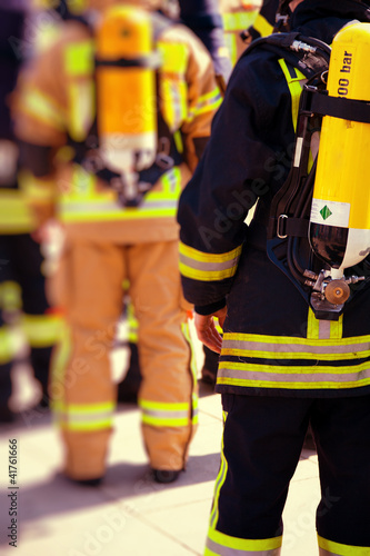 Firefighters prepared to work Fototapet