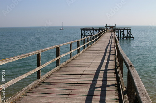 Fotobehang Pier jetée sur mer