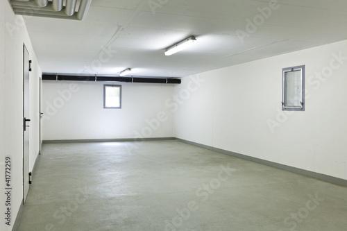 Foto Garage eines Hauses ohne Auto