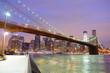 Pont de Brooklyn la nuit